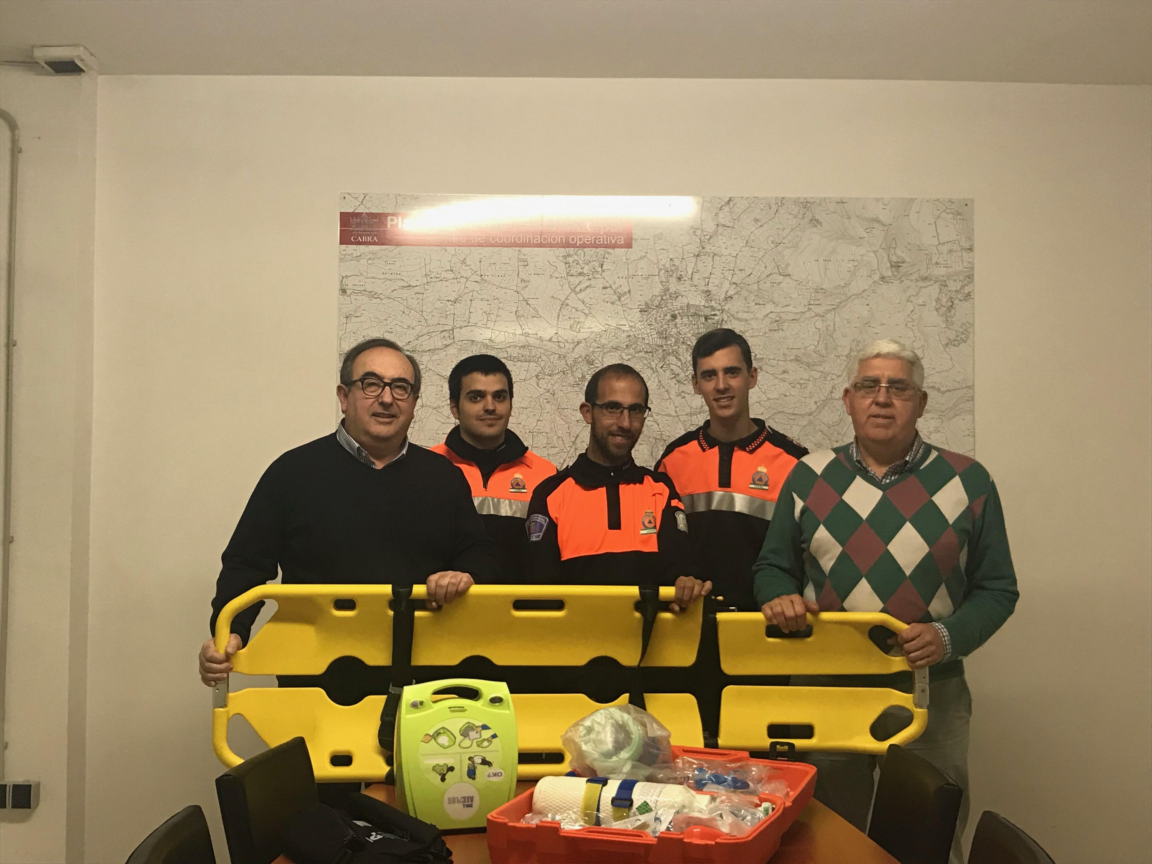 Protección Civil en Cabra recibe nuevo material técnico para su Área Sanitaria