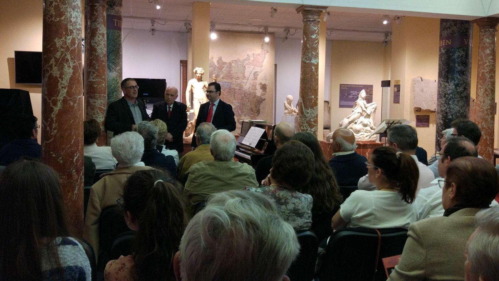 El Museo Arqueológico amplía su colección tras la donación de un Herma del Dios Dionisio