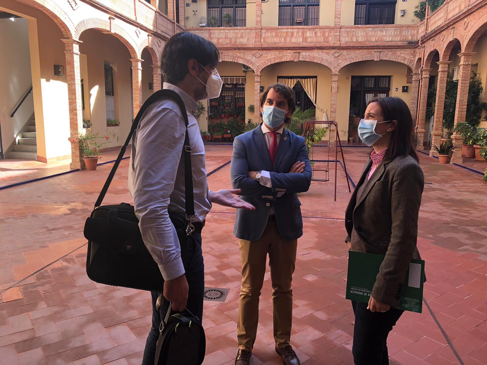 La Junta de Andalucía invierte 127.000 euros en la mejora de carreteras y viviendas en Cabra