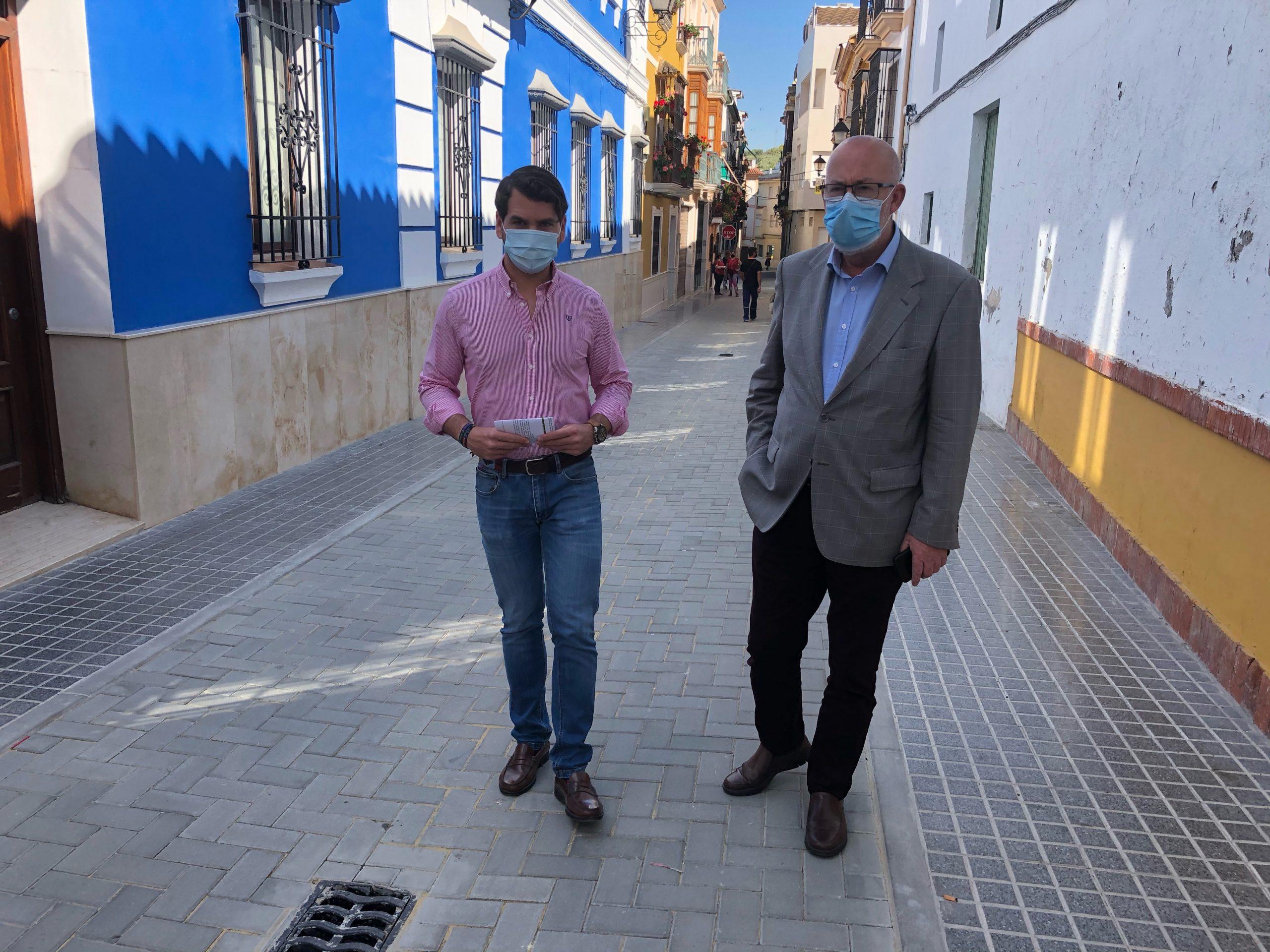 El Ayuntamiento realiza una inversión superior a los 108.000 euros en la calle Juan Grande